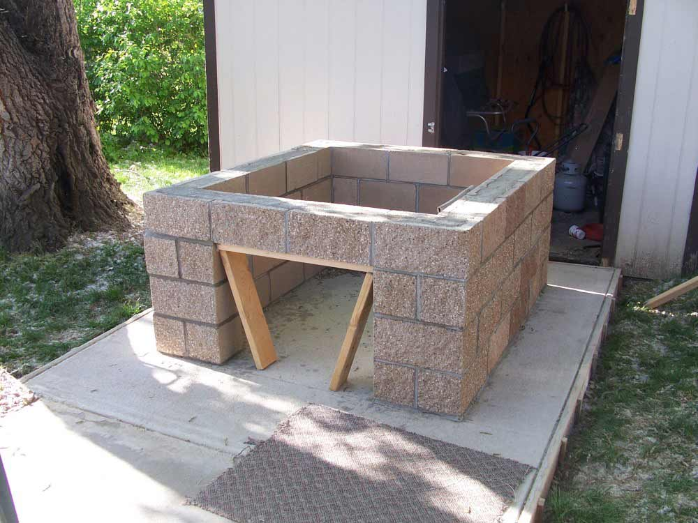 Backyardbrickoven Com Pouring The Concrete Slab And